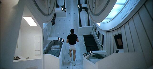 File:Discovery-interior.jpg