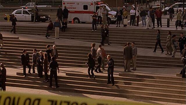 File:Plaza steps.jpg