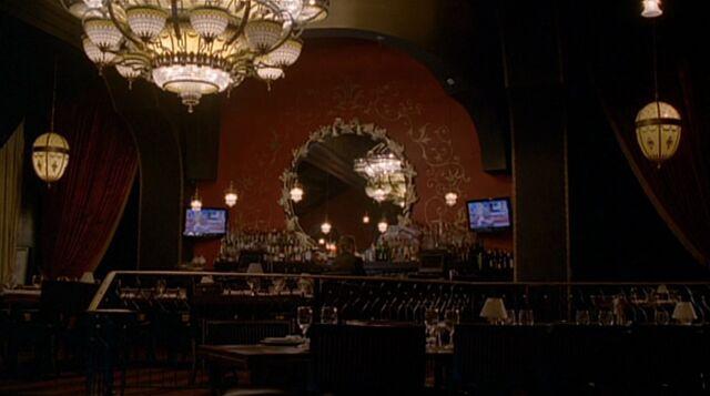 File:8x04 restaurant.jpg