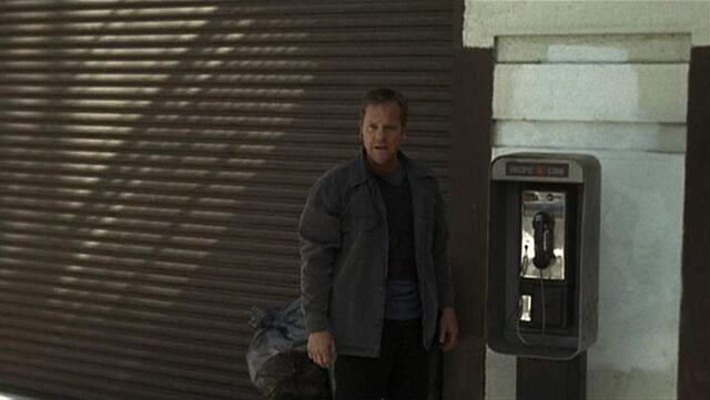 File:3x22 payphone.jpg