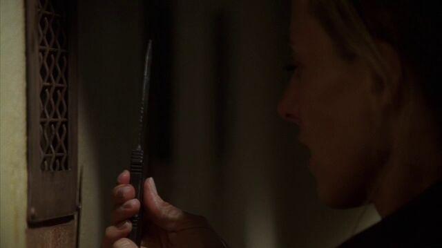 File:Audrey knife.jpg