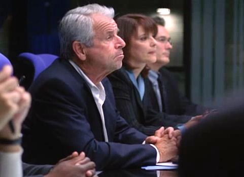File:4x10- Dana Bunch as a staffer seen with Curtis, Heller and Driscoll.jpg