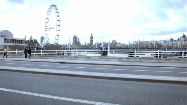 File:Waterloo-bridge.jpg