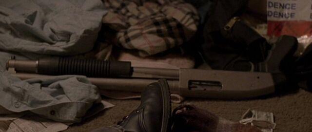 File:8x09 shotgun.jpg