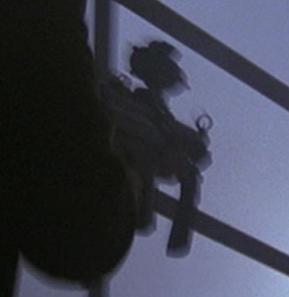 File:2x18 MP5 2.jpg
