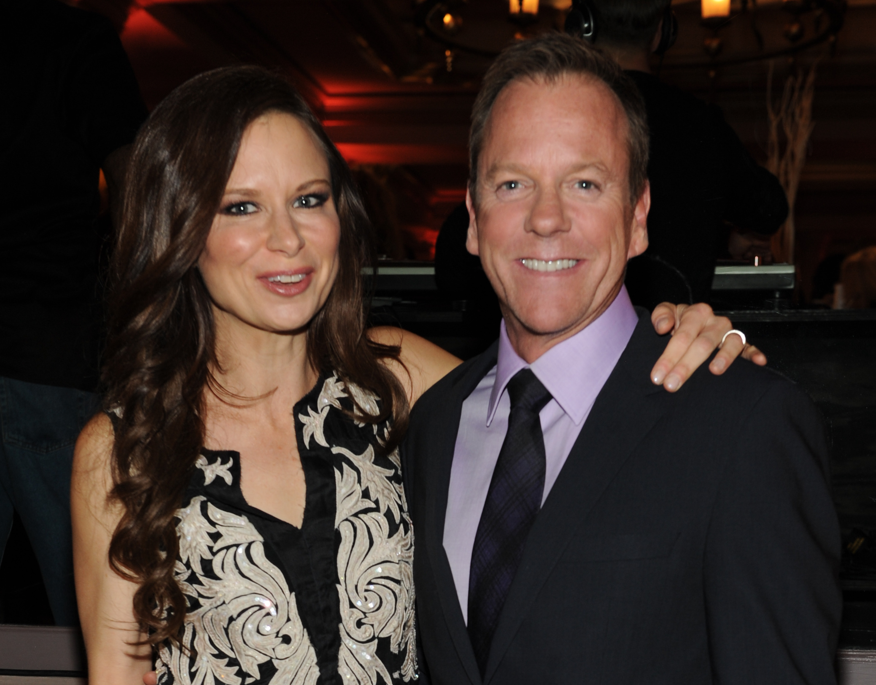 With Mary Lynn Rajskub at 2014  Kiefer Sutherland Dating 2014