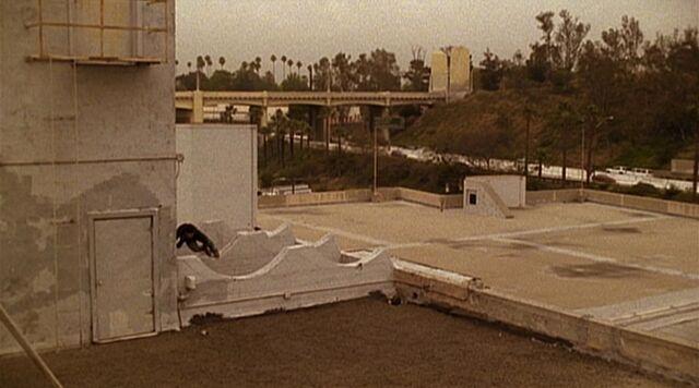 File:2x23 rooftop.jpg