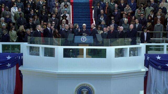 File:7x00 Capitol west face.jpg