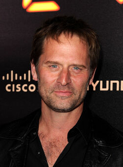 24- Jeffrey Nordling at finale party 2010