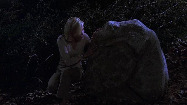 File:2x12 boulder.jpg