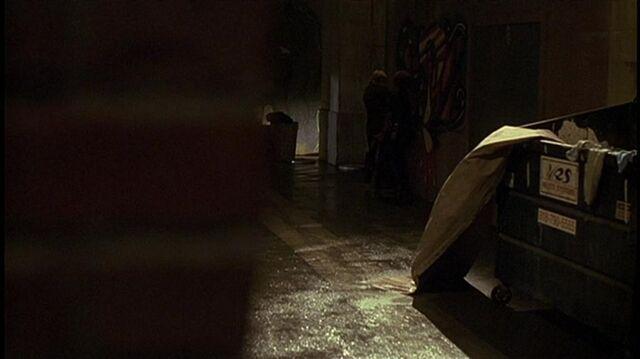 File:1x04 alleyway.jpg