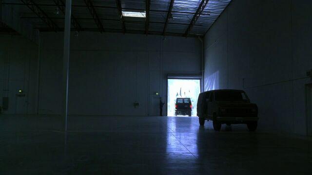 File:4x02 warehouse.jpg