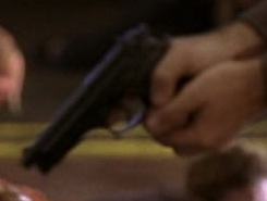 File:5x02 Beretta 2.jpg