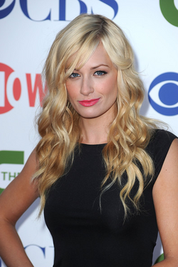 Beth Behrs 2