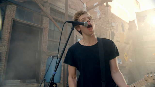 File:5 Seconds of Summer - She Looks So Perfect - 5 Seconds of Summer Wiki (16).png