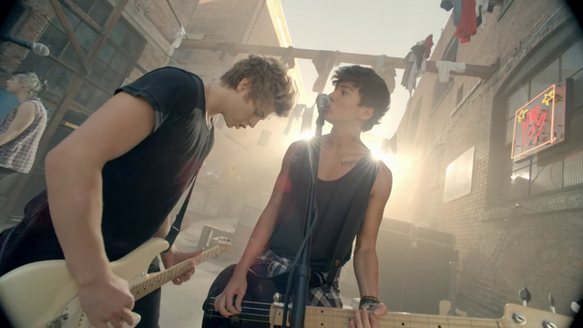 File:5 Seconds of Summer - She Looks So Perfect - 5 Seconds of Summer Wiki (97).png