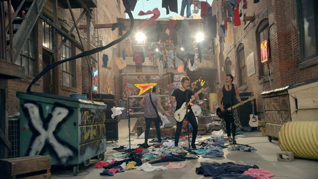 File:5 Seconds of Summer - She Looks So Perfect - 5 Seconds of Summer Wiki (121).png