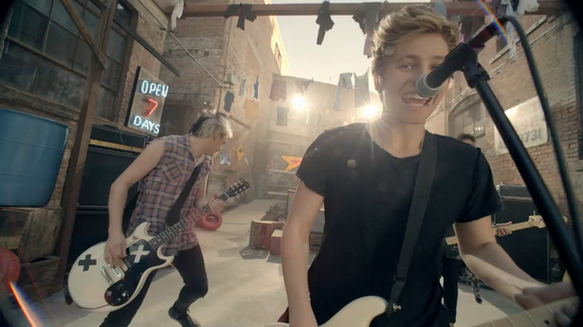 File:5 Seconds of Summer - She Looks So Perfect - 5 Seconds of Summer Wiki (115).png