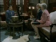 The.new.addams.family.s01e02.the.addams.family.goes.to.school080