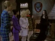 The.new.addams.family.s01e04.morticia.and.the.ladies.league071