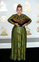 JS120531009 EPA Press-Room-59th-Annual-Grammy-Awards-xlarge trans NvBQzQNjv4BqImq0gSBkzcH -jHFXstKOOPHi e1tpOIk75CAYQiDp0