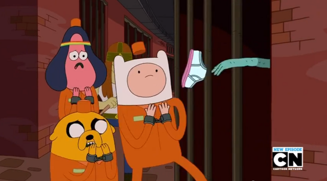 File:S5 e26 Prisoner throwing underwear at Finn.PNG