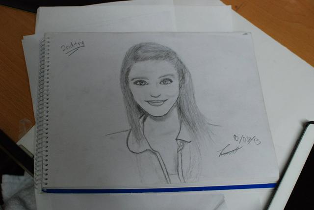 File:Quinn sketch by Blah.png