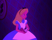 Alice-in-wonderland-disneyscreencaps.com-594