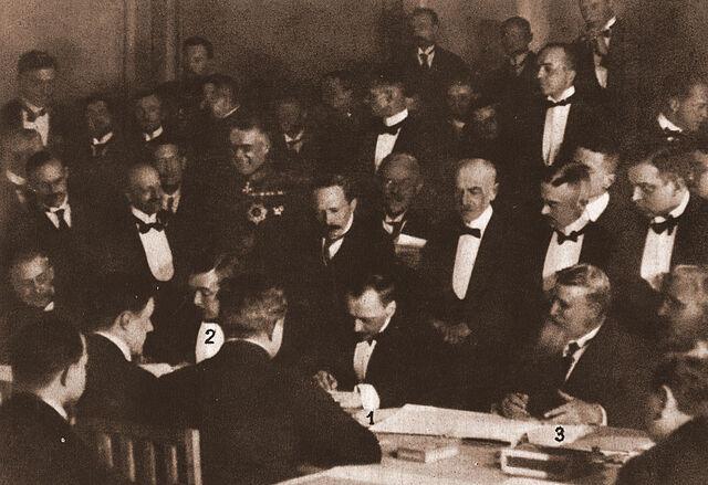 File:Brest-litovsk treaty.jpg