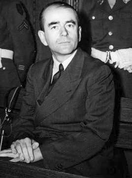 File:Albert Speer Neurenberg.jpg