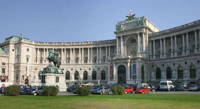 File:Hofburg.jpeg