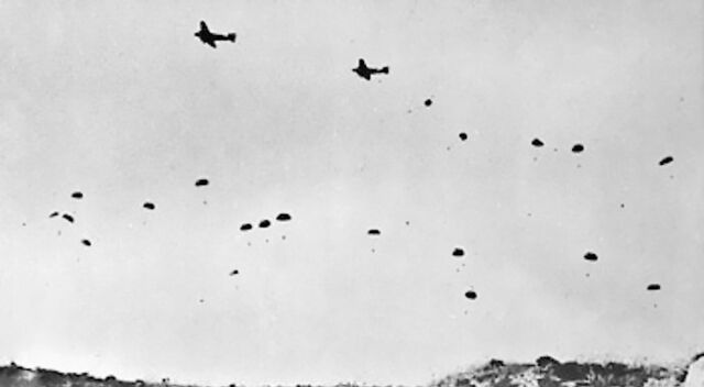 File:German paratroopers jumping From Ju 52s over Crete.jpg