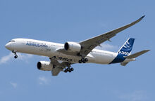 A350 First Flight - Low pass 02