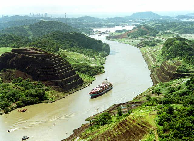File:Panama canal 03.jpg