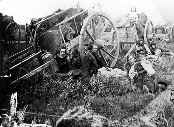 File:Métis and Red River carts.jpg