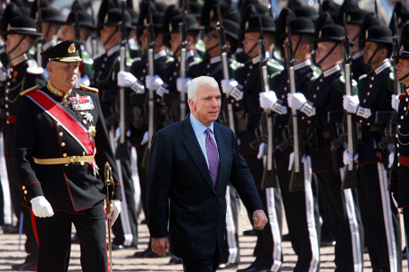 File:McCain in Norway.PNG