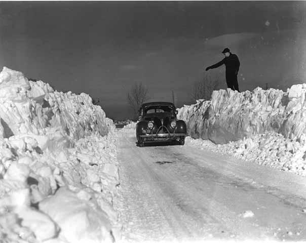 File:Snow car 2-1-.jpg