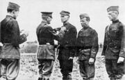 360px-General Pershing decorates General MacArthur with the Distinguished Service Cross