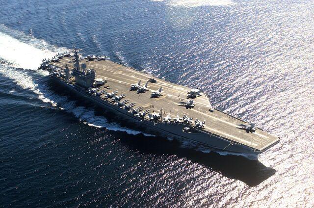 File:USS Nimitz in Victoria Canada 036.jpg