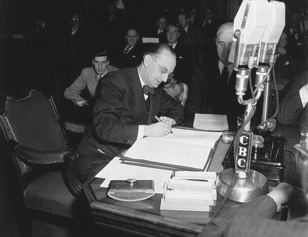 File:Joseph Smallwood signing Newfoundland into Confederation.jpg