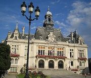 270px-Vichy-hoteldeville