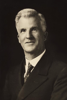File:Portrait of the Right Hon. J. H. Scullin.png