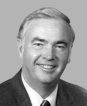 File:Frank Murkowski, 105th Congress photo.jpg