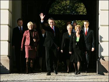 File:Stoltenberg Cabinet 2005.png