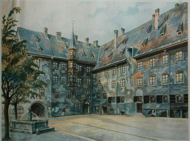 File:The Courtyard of the Old Residency in Munich.jpg