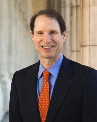 File:Ron Wyden official portrait crop.jpg