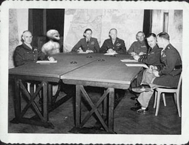 File:Greada meet 1954-1-.jpg