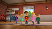 Chipmunks and Chipettes in Driving Dave Crazy