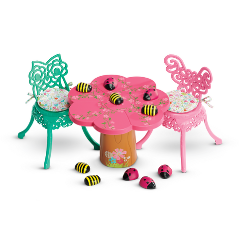 File:GardenPartyTableChairs.png