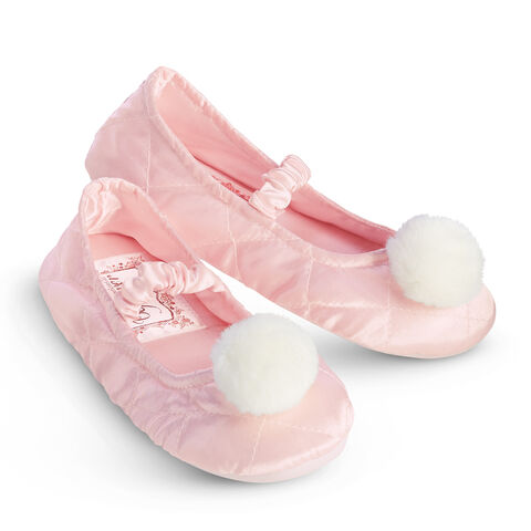 File:SamBF PomPomSlippers girls.jpg